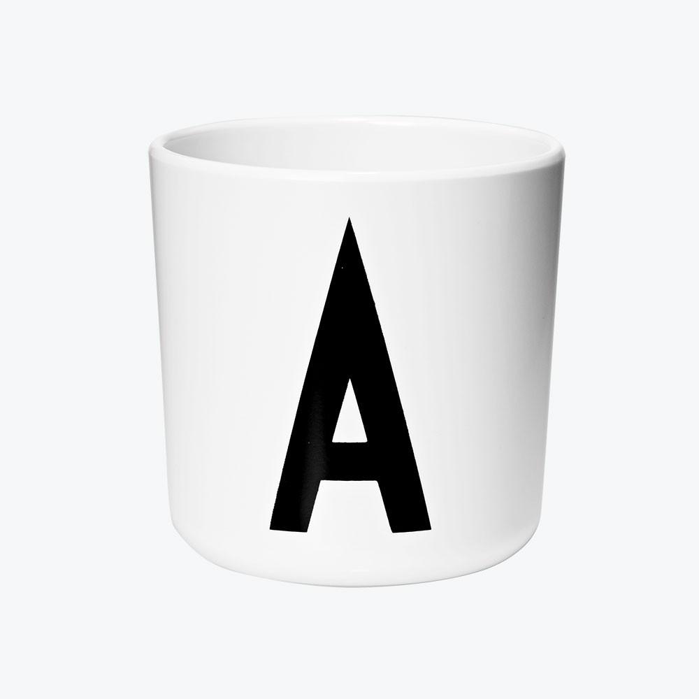 Design Letters Melamin Becher mit Buchstaben A